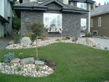 Front yard fivestar landscaping for Landscape design canada